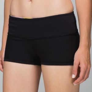 Lululemon Boogie Reversible Short Low Rise